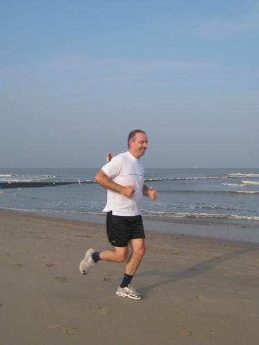 A-Trimclub19092009-Beach3